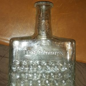 Accents - 1950's Tom Moore Decanter